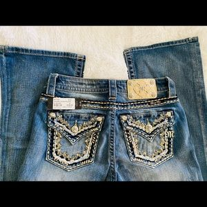 Miss Me Jeans NWT Boot Cut Mid Rise 26 x 34 long